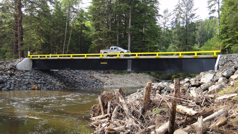 Viking ML over Hushamu Creek - Western Forest Products, Port McNeill